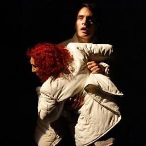 L'acrobata. Il passato che ritorna. Teatro ElfoMilano.